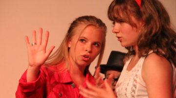 Jeugdtheaterschool Nijverdal theaterschool musicalschool theaterles musicalles